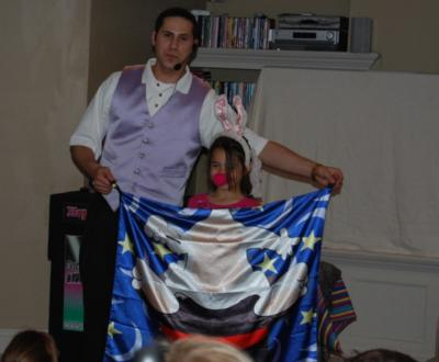 Amazing Kidshow Magician: Domino The Great | Danbury, CT | Magician | Photo #5