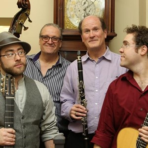 Newton Highlands 40s Band | Sinti Rhythm Quartet