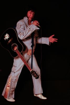 Elvis Aaron Baker | Hamilton, ON | Elvis Impersonator | Photo #11