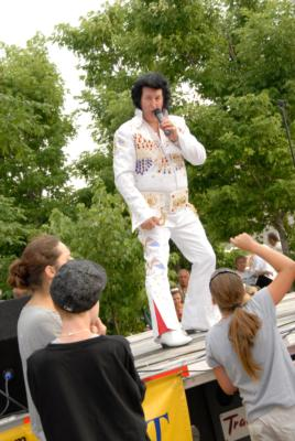 Elvis Aaron Baker | Hamilton, ON | Elvis Impersonator | Photo #4