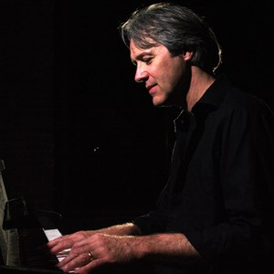 Pinetops Jazz Singer | Marc Hoffman - Pianist & Vocalist