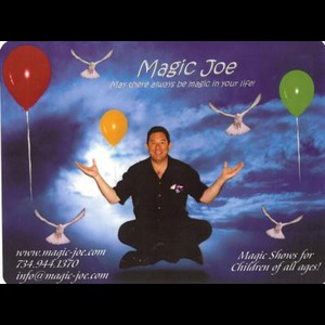 Rusk Costumed Character | Magic Joe