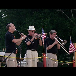 Grosvenor Dale Dixieland Band | Riverboat Stompers