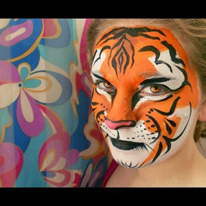 Evergreen Face Painter | Missi Allen