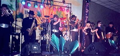 THE SENSATIONS Dance / Party / DJ / Emcee | Lexington, KY | Dance Band | Photo #11