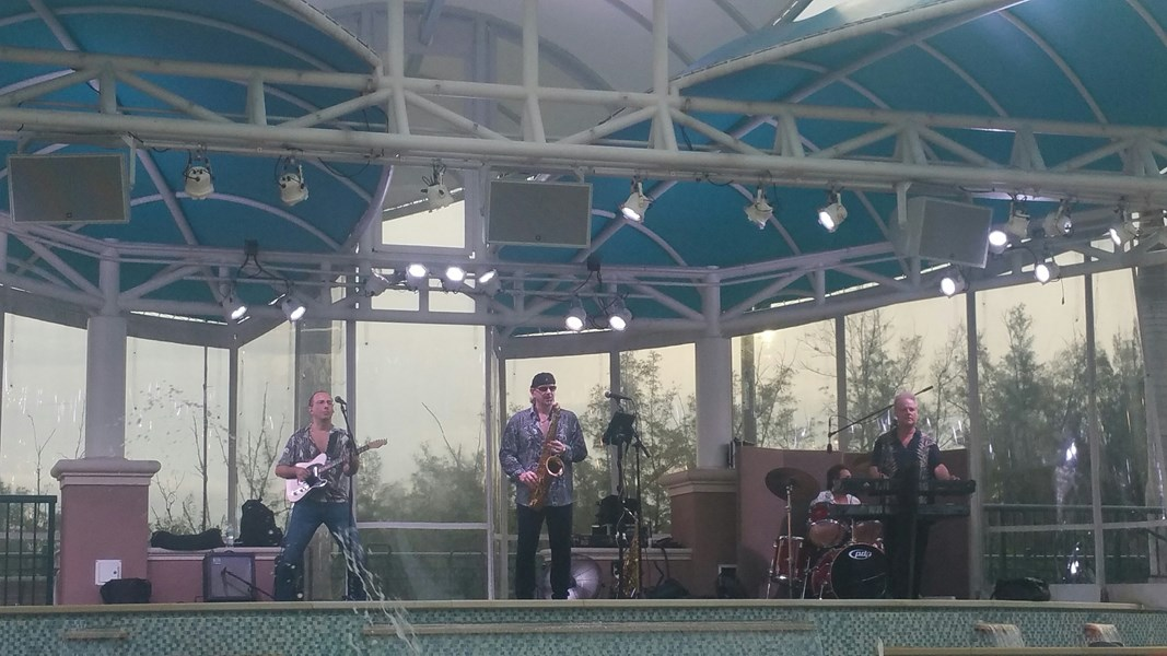 Me and my band, Harbourside Place