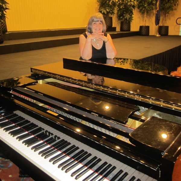Denise Bruckno - Jazz Pianist - Philadelphia, PA