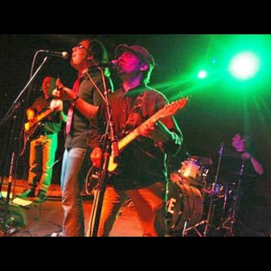Treichlers 90s Band | The Mulligans