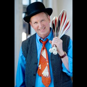 Bismarck Juggler | Alan Johnson - Comedy Juggler Extraordinaire!