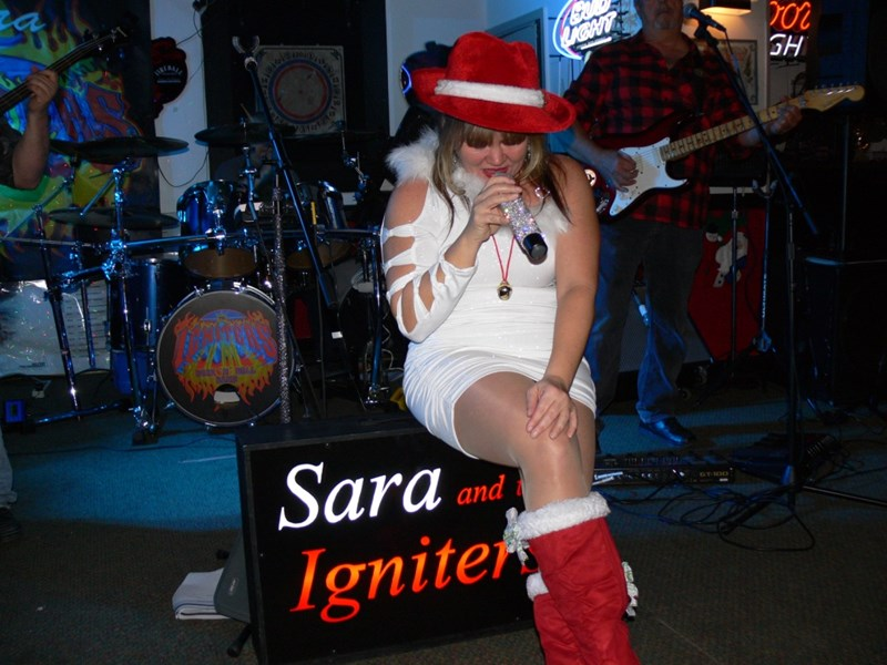 Sara and The Igniters - Variety Band - Chester, MD