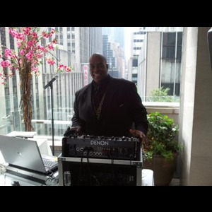 William Lounds - Mobile DJ - Brentwood, NY