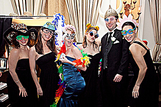 Fotos-R-Fun, Llc - Photo Booth - Englewood, FL