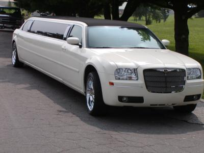 Presidential Limo Service | Baltimore, MD | Party Bus | Photo #17