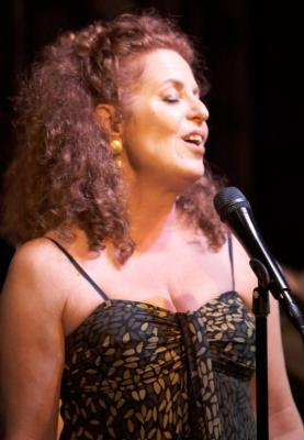 Linda Kosut, award-winning jazz/cabaret singer | San Francisco, CA | Jazz Singer | Photo #1