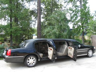 Corporate Limousines Of TX, Inc. | The Woodlands, TX | Party Bus | Photo #2