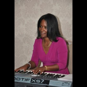 East Rutherford Organist | Vineta Lewis
