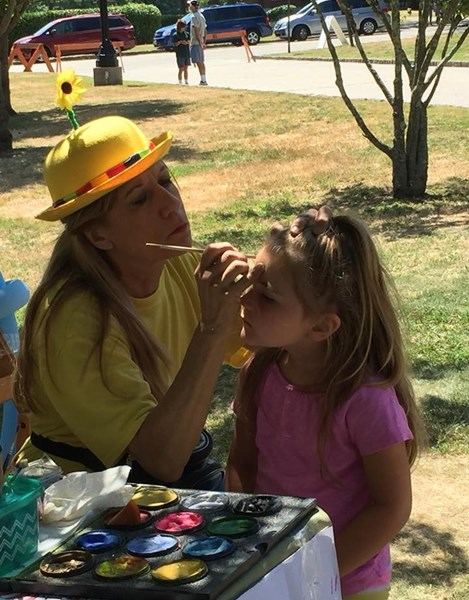 Face Painting And Balloon Twisting By Donna - Face Painter - Pawtucket, RI
