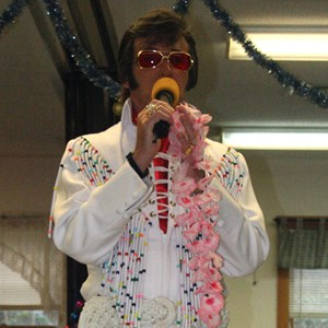 "New London Elvis Impersonator | Ray Ellis ""ELLIS SINGS ELVIS"""