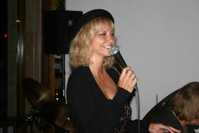 Cynthia Speer Vocalist | Beverly Hills, CA | Singer | Photo #12