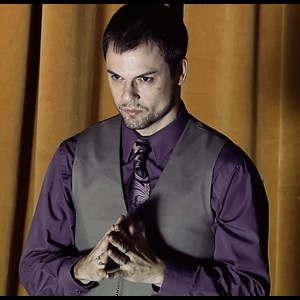 Charlotte Street Magician | Ronn Winter - Magic and Mentalism