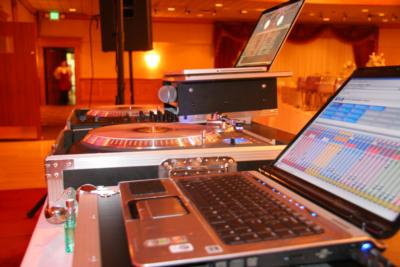 AfterGlo Productions | Howell, MI | Mobile DJ | Photo #10