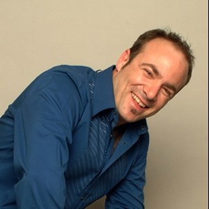 Bangor Comedian | Corporate Entertainer & Comedian Peter Gross