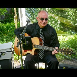 Spencer Acoustic Guitarist | Steve Organek