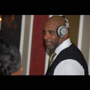 North Carolina Event DJ | Dj Groove