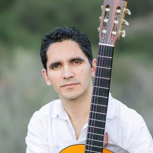 Prince Albert Classical Guitarist | Tavi Jinariu, Los Angeles Classical Guitarist