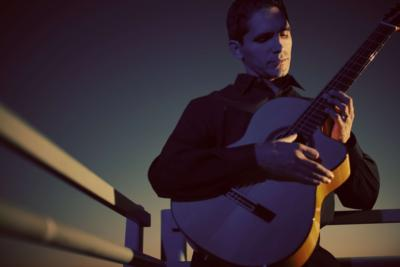 Tavi Jinariu, Los Angeles Classical Guitarist | Los Angeles, CA | Classical Guitar | Photo #14