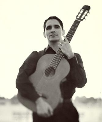 Tavi Jinariu, Los Angeles Classical Guitarist | Los Angeles, CA | Classical Guitar | Photo #8