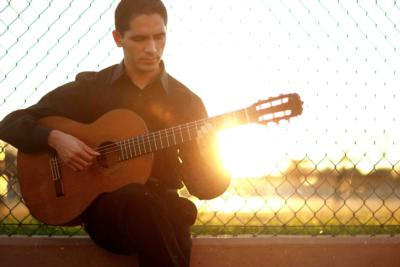Tavi Jinariu, Los Angeles Classical Guitarist | Los Angeles, CA | Classical Guitar | Photo #2