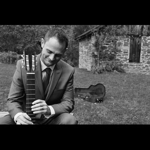 Washington, DC Classical Guitarist | Christopher Wyton