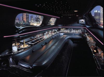 Friendly Express Limousine | Tampa, FL | Luxury Limousine | Photo #4