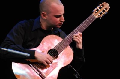 Jim Perona | Wheaton, IL | Classical Guitar | Photo #4
