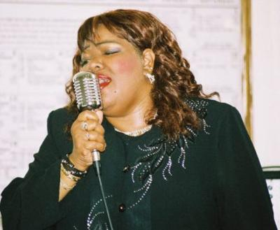 Linda J. Martin - Jazzysongbird | Milwaukee, WI | Jazz Singer | Photo #4