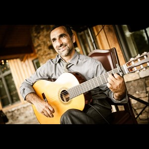 South Carolina Acoustic Guitarist | Dori Chitayat