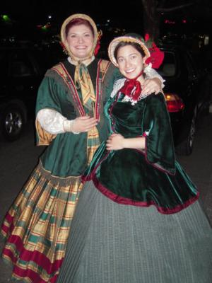 Christmas Matters Holiday Carolers | Burbank, CA | Christmas Carolers | Photo #9