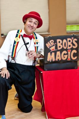 Mr. Bob | Oak Park, IL | Magician | Photo #1
