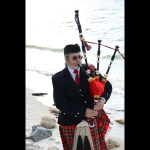 Howells Bagpiper | Brother Ben