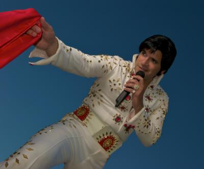 Sing Like The King Presents Manny Triana As Elvis! | Arlington, TX | Elvis Impersonator | Photo #3