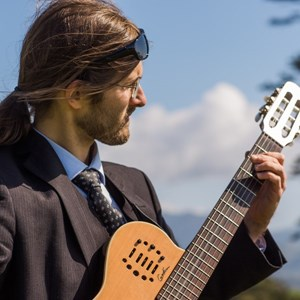 Tygh Valley Acoustic Guitarist | John Wayland Harr