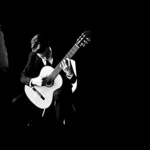 Marshall Acoustic Guitarist | Alec Feldges