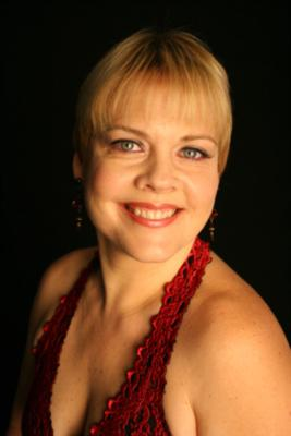 Maia Kuze | Toronto, ON | Smooth Jazz Singer | Photo #4