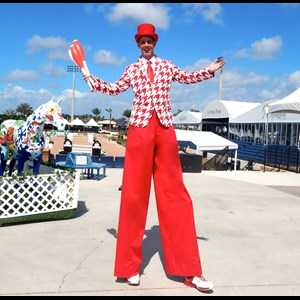 Sarasota Circus Performer | Mike Weakley - Stilt Fun