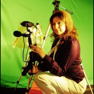 Woman With Cam - Videographer - Sylmar, CA