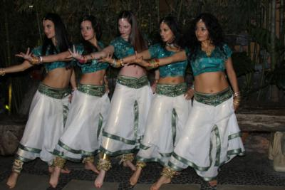 Lunasha Bollywood Dance Company | Los Angeles, CA | Bollywood Dancer | Photo #15