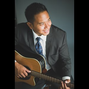 Fort Shafter Acoustic Guitarist | Randy Allen