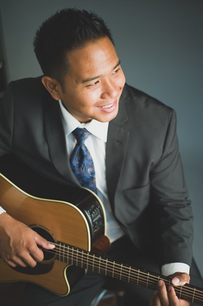 Randy Allen - Acoustic Guitarist - Honolulu, HI