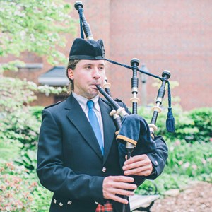 New Kingstown Bagpiper | Duncan S. Moore